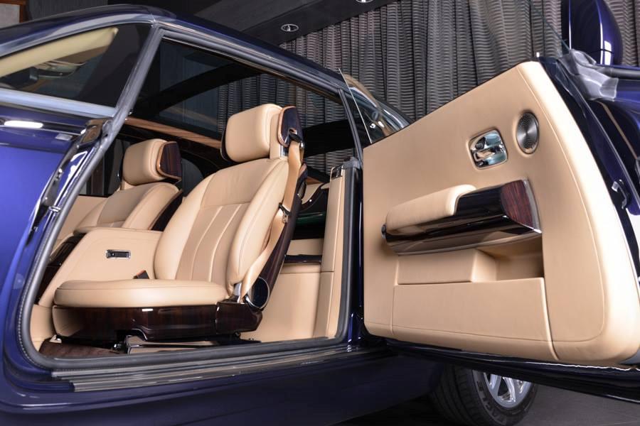 Bên trong chiếc xe hơi đắt nhất hành tinh giá 13 triệu USD có gì đặc biệt? - Ảnh 3