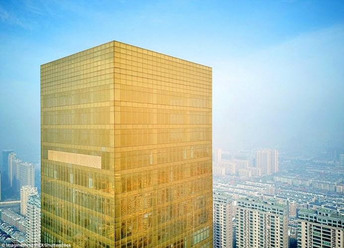 """Chiêm ngưỡng hai khách sạn """"dát vàng"""" ở Trung Quốc - Ảnh 2"""