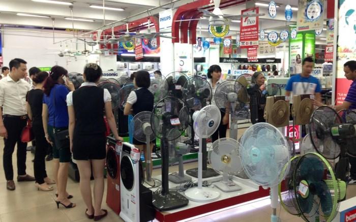 Kinh nghiệm chọn mua quạt điện cho những ngày hè nắng nóng - Ảnh 2