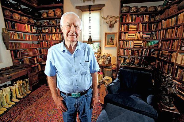 Kho báu triệu USD giấu trên núi của triệu phú 87 tuổi  - Ảnh 1
