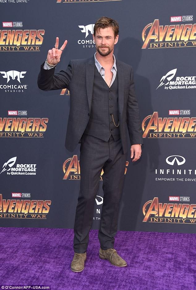 Thảm tím Avengers: Loạt siêu sao quy tụ hoành tráng như lễ trao giải Oscar - Ảnh 4