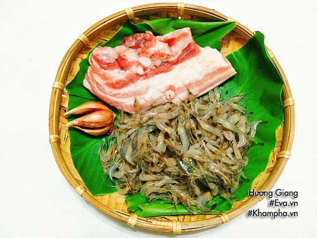 Cách làm món tôm đồng rang thịt dân dã cho bữa tối ngon cơm  - Ảnh 1