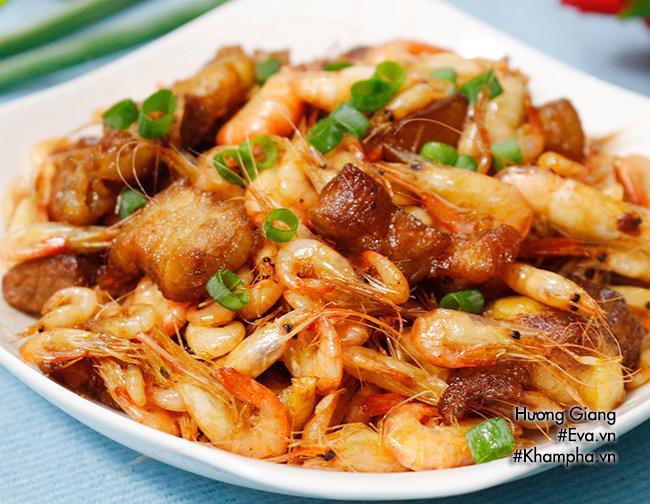 Cách làm món tôm đồng rang thịt dân dã cho bữa tối ngon cơm  - Ảnh 4
