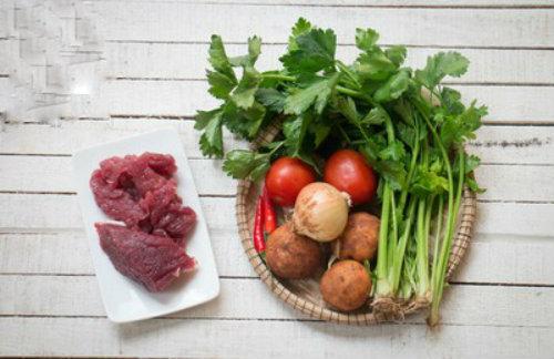 Hướng dẫn cách làm thịt bò xào khoai tây thơm ngon khó cưỡng  - Ảnh 1