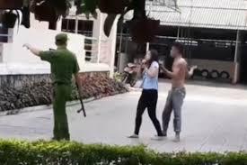 Công an lý giải việc phải nổ súng sau khi cô gái thoát khỏi kẻ khống chế - Ảnh 1