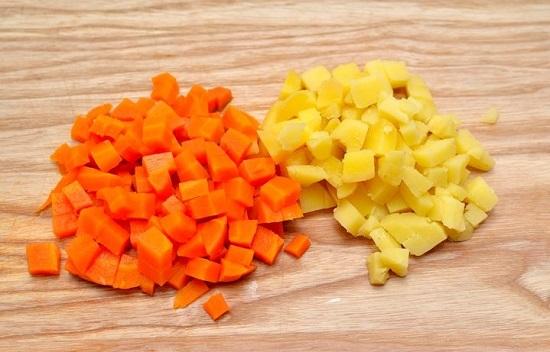 Cách làm salad Nga ngon như ngoài hàng đổi món cho gia đình - Ảnh 2