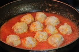 Cách làm thịt viên sốt cà chua đơn giản cho bữa trưa ngon cơm  - Ảnh 6