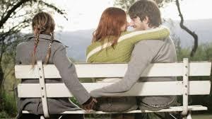 Khi có chồng hào hoa ngả nghiêng với nhiều nhân viên trẻ - Ảnh 1