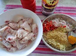Tuyệt chiêu làm gà xào sả ớt thơm ngon hấp dẫn cho bữa tối đậm vị - Ảnh 2