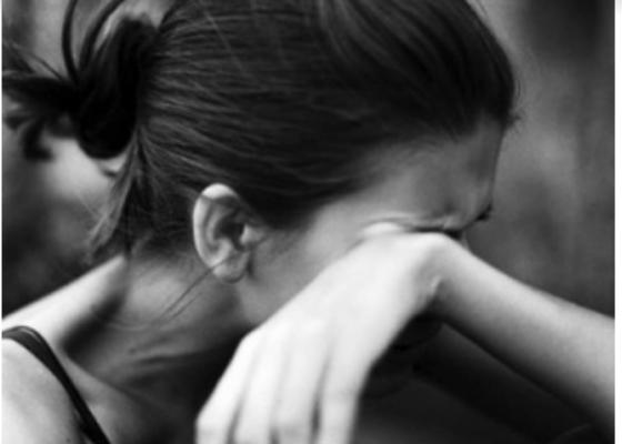 Nỗi đau của người vợ có chồng bội bạc phải vượt cạn một mình - Ảnh 1