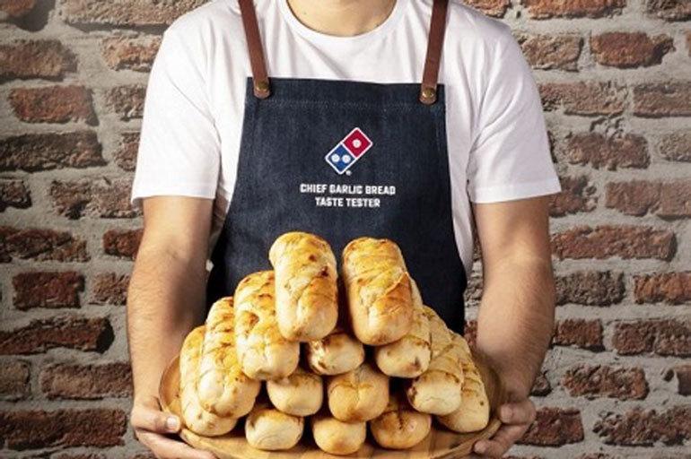 Làm giàu không khó: Ngồi ăn bánh mì, kiếm nửa triệu đồng mỗi giờ - Ảnh 1