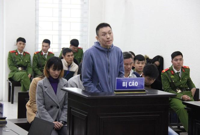 Đề nghị truy tố 6 bị can trong tổ chức đưa người Việt đi châu Âu với chi phí hàng chục nghìn USD - Ảnh 1