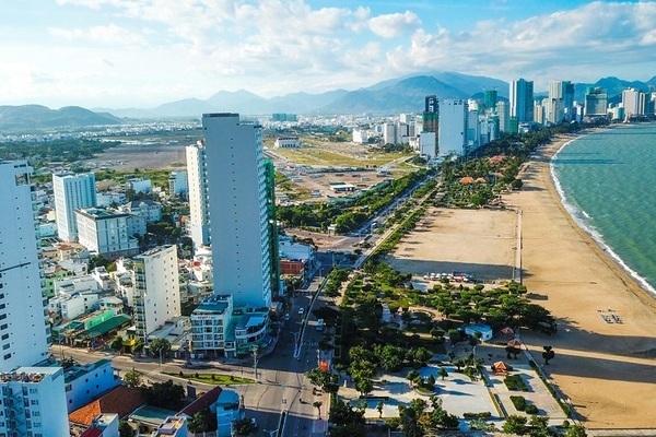 Khánh Hoà cấm các chủ đầu tư bán bất động sản cho người nước ngoài - Ảnh 1