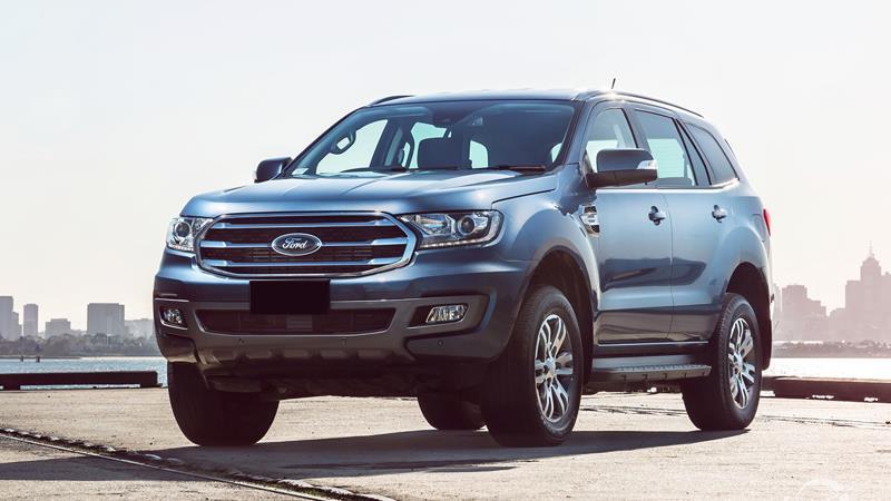 Ford Everest đang được giảm giá mạnh tới 122 triệu đồng/chiếc  - Ảnh 1