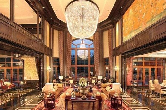 Điều bí mật bên trong ngôi nhà dưới gầm cầu được rao bán với giá hơn 30 tỷ đồng  - Ảnh 9