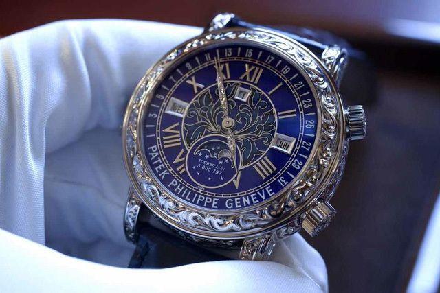 Bé 9 tuổi người Úc không được hoàn thuế cho đồng hồ 6 tỷ - Ảnh 1