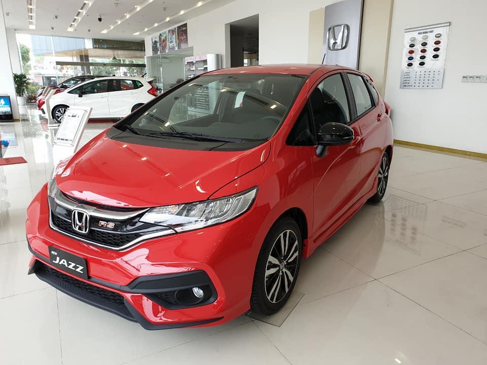 """Cận cảnh mẫu ô tô Honda được đại lí giảm giá """"sốc"""" tới 100 triệu đồng - Ảnh 1"""