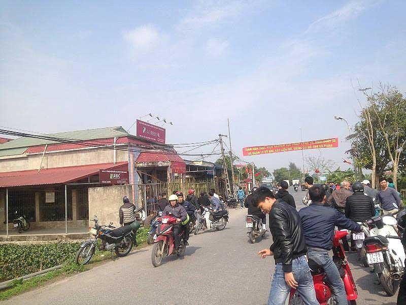 Phú Thọ: Táo tợn mang cả súng lẫn dao đi cướp ngân hàng - Ảnh 1
