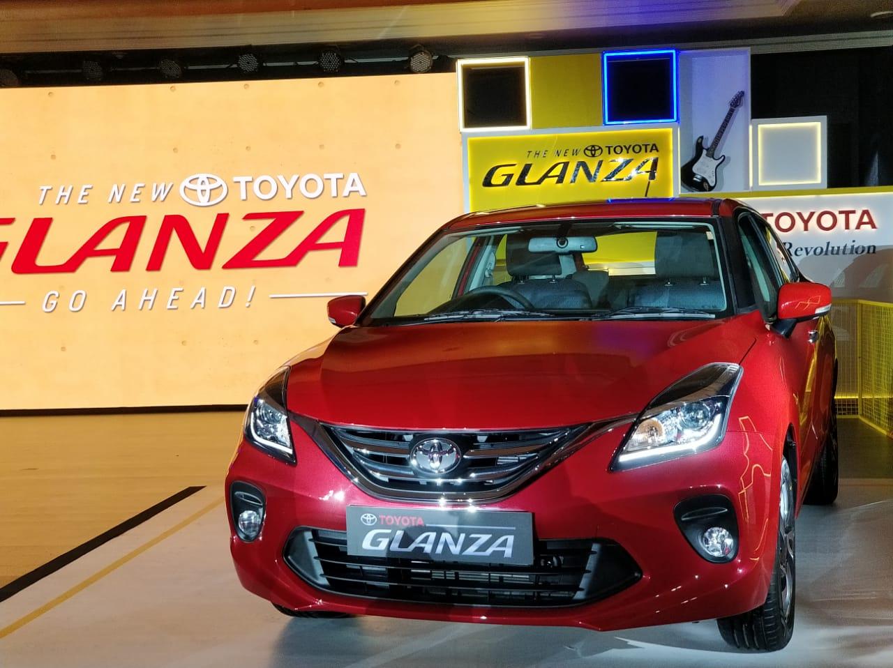 Những công nghệ hiện đại bên trong mẫu xe Toyota Glanza giá rẻ chỉ 243 triệu đồng  - Ảnh 1