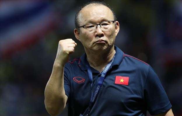 HLV Park Hang Seo sẽ ưu tiên ký hợp đồng mới với bóng đá Việt Nam - Ảnh 1