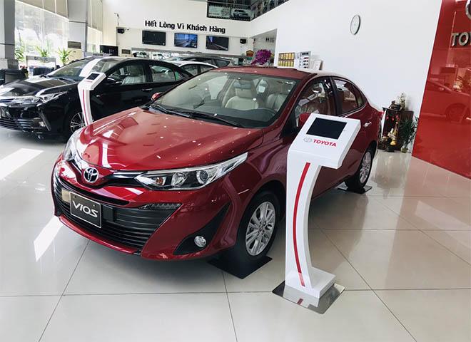"""Toyota Vios tiếp tục giảm giá """"kịch sàn""""   - Ảnh 1"""