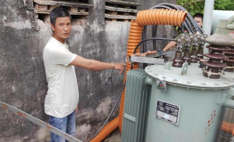 Giả nhân viên điện lực, người đàn ông 11 lần cắt trộm dây điện - Ảnh 1