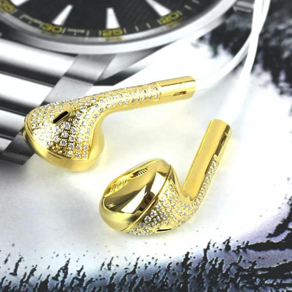 Chói mắt với những món đồ bọc vàng xa xỉ của giới nhà giàu   - Ảnh 10