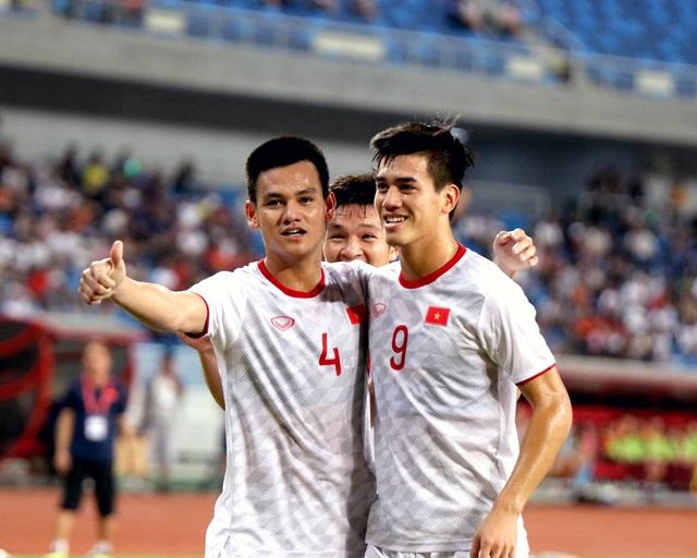 Những khoảnh khắc ấn tượng của U22 Việt Nam thắng chủ nhà Trung Quốc 2-0 - Ảnh 3