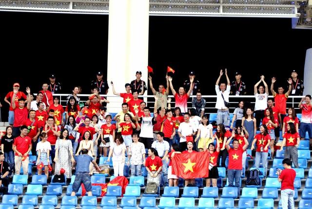 Những khoảnh khắc ấn tượng của U22 Việt Nam thắng chủ nhà Trung Quốc 2-0 - Ảnh 4