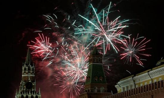 Chiêm ngưỡng những màn pháo hoa rực rỡ chào đón năm mới 2020 trên khắp thế giới - Ảnh 6
