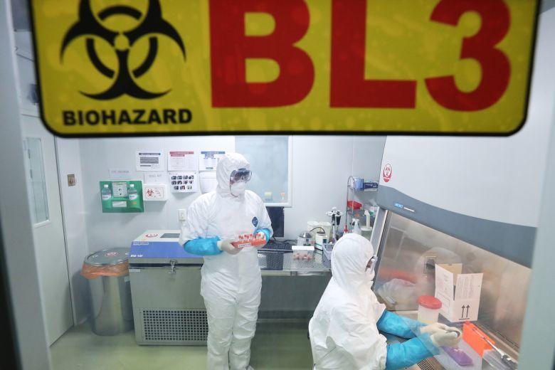Trung Quốc: Người đầu tiên tử vong do viêm phổi lạ    - Ảnh 1