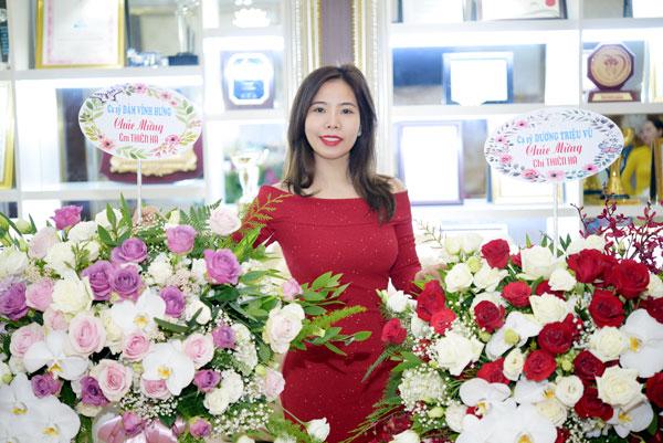 Người phụ nữ khiến Đàm Vĩnh Hưng và Quang Hà luôn nhớ đến mỗi dịp đặc biệt - Ảnh 3