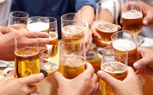 """Sử dụng nhiều rượu bia khiến đại tràng bị """"tàn phá"""" nghiêm trọng - Ảnh 1"""