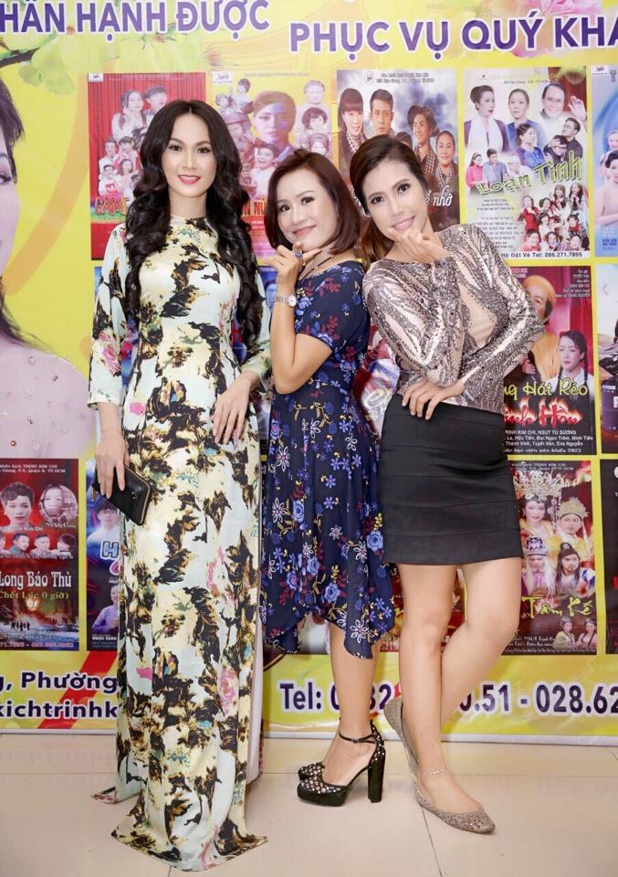 Giám đốc công ty truyền thông Lê Phạm đến chia vui cùng nghệ sĩ Trịnh Kim Chi - Ảnh 3