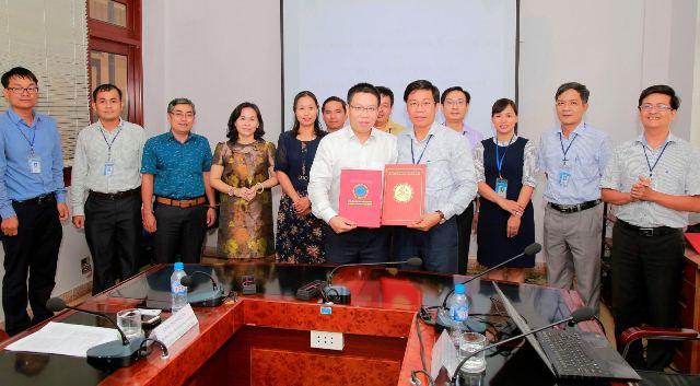ĐH Công nghiệp Thực phẩm TP.HCM và HV Khoa học-Công nghệ ký kết thỏa thuận hợp tác - Ảnh 3