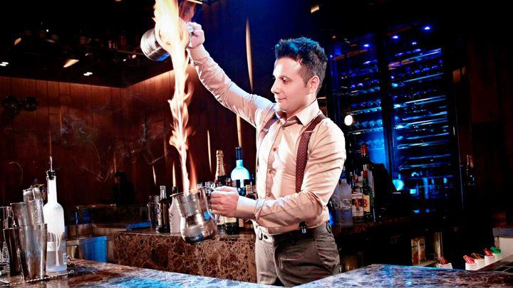 Bartender – Cánh cửa mới cho du học sinh Việt tại nước ngoài - Ảnh 2