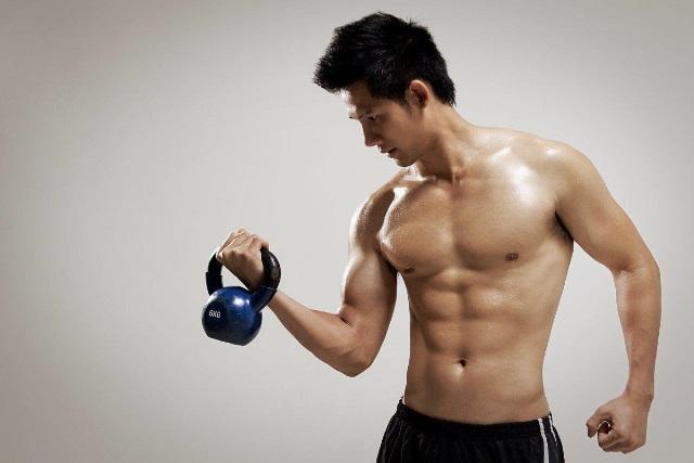 """Bí quyết giúp anh chàng """"gầy"""" tăng cân nhanh tự nhiên chắc khỏe - Ảnh 1"""