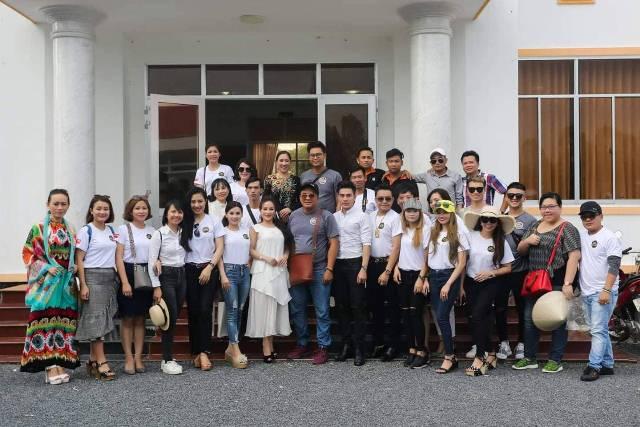 Tình người ấm áp lan tỏa từ cuộc thi Hoa Hậu và Nam vương doanh nhân người Việt thế giới 2018 - Ảnh 3