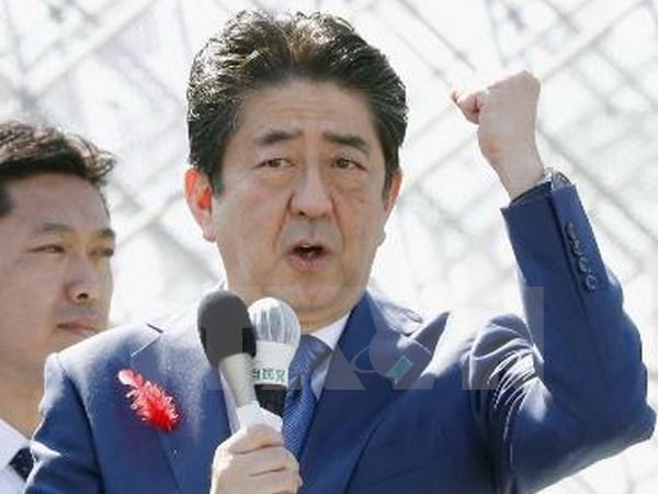 Thủ tướng Nhật Abe 'dằn mặt' Triều Tiên sau thắng lợi bầu cử - Ảnh 1