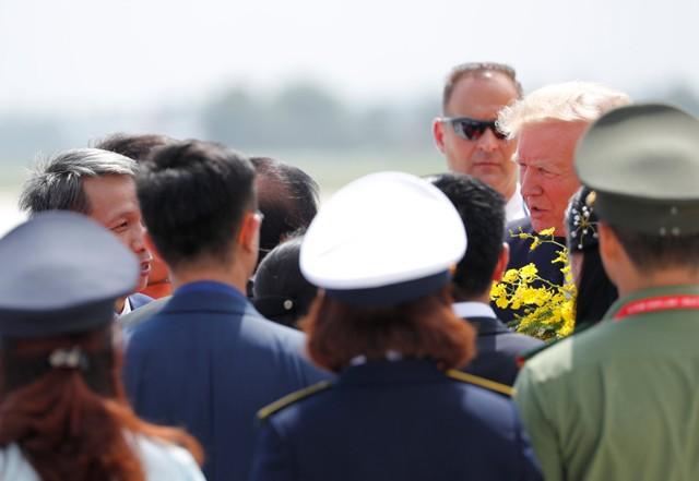 Những hình ảnh đầu tiên của Tổng thống Mỹ tại Đà Nẵng trên báo chí quốc tế - Ảnh 3