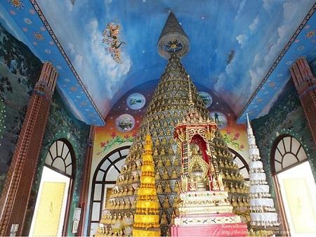 Thái Lan: Ngôi đền có rồng khổng lồ quấn quanh - Ảnh 6