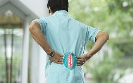 Cách phòng bệnh thoái hóa cột sống thắt lưng - Ảnh 1