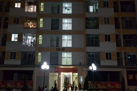 Hà Nội: Hỏa hoạn tại chung cư Linh Đàm  - Ảnh 1