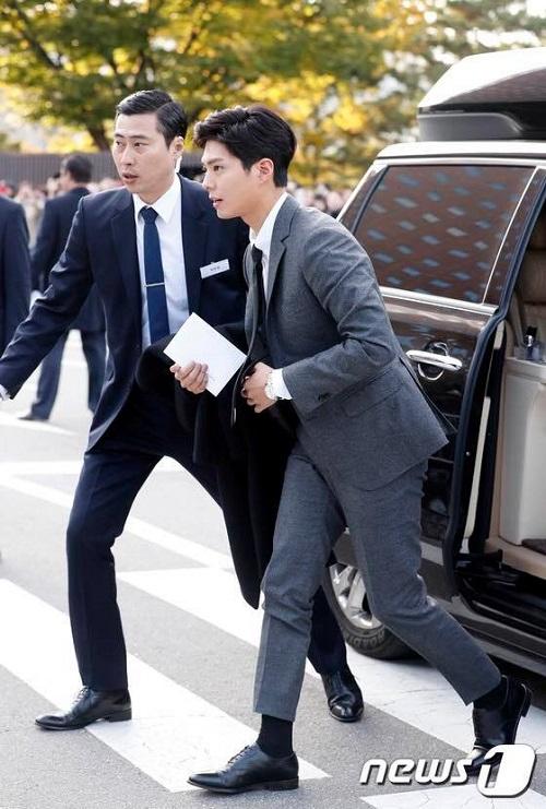 Hàn Quốc: Việc dùng flycam trong đám cưới Song Joong-ki là bất hợp pháp - Ảnh 4