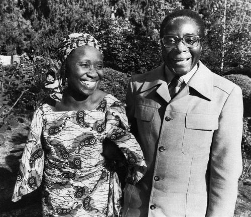 Hành trình 37 năm từ đỉnh cao đến vực sâu của cựu Tổng thống Zimbabwe - Ảnh 5