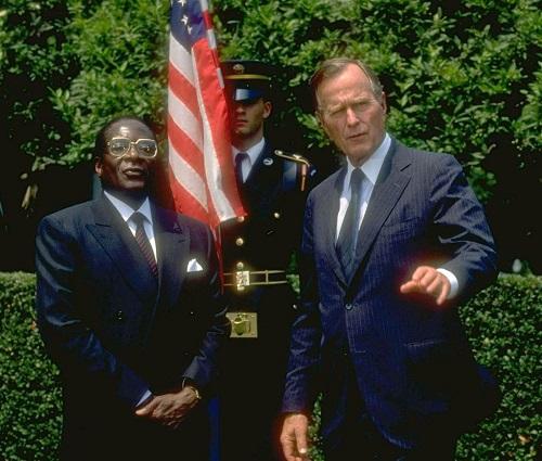 Hành trình 37 năm từ đỉnh cao đến vực sâu của cựu Tổng thống Zimbabwe - Ảnh 8