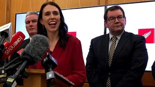 Nữ Thủ tướng 37 tuổi của New Zealand tiết lộ mục tiêu khi tới Việt Nam dự APEC - Ảnh 1