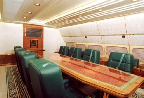 """Bên trong chuyên cơ dát vàng, được ví như """"Điện Kremlin bay"""" của Tổng thống Putin - Ảnh 2"""