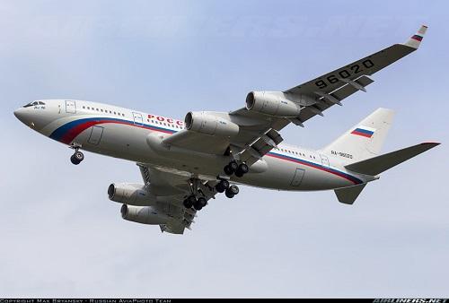 """Bên trong chuyên cơ dát vàng, được ví như """"Điện Kremlin bay"""" của Tổng thống Putin - Ảnh 9"""