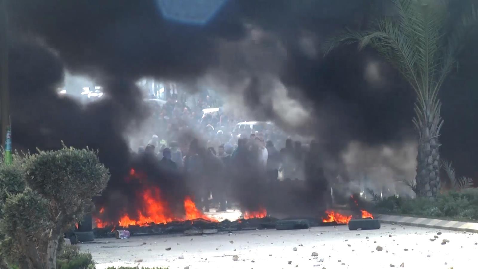 Ngọn lửa biểu tình bùng cháy khắp Bờ Tây và dải Gaza sau quyết định của Tổng thống Trump  - Ảnh 6